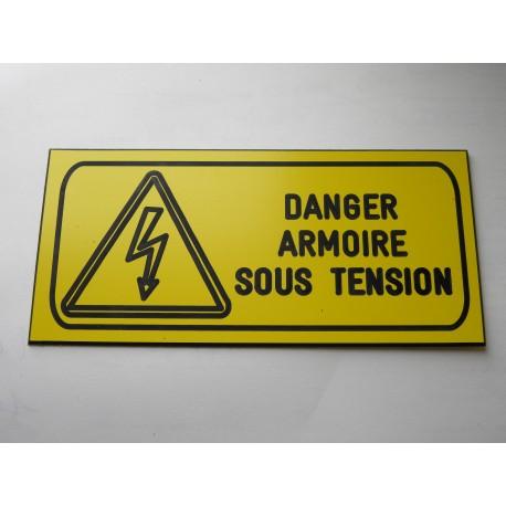 """plaque gravée """"DANGER ARMOIRE ELECTRIQUE SOUS TENSION"""" finition biseautée format 60 x 130 mm"""