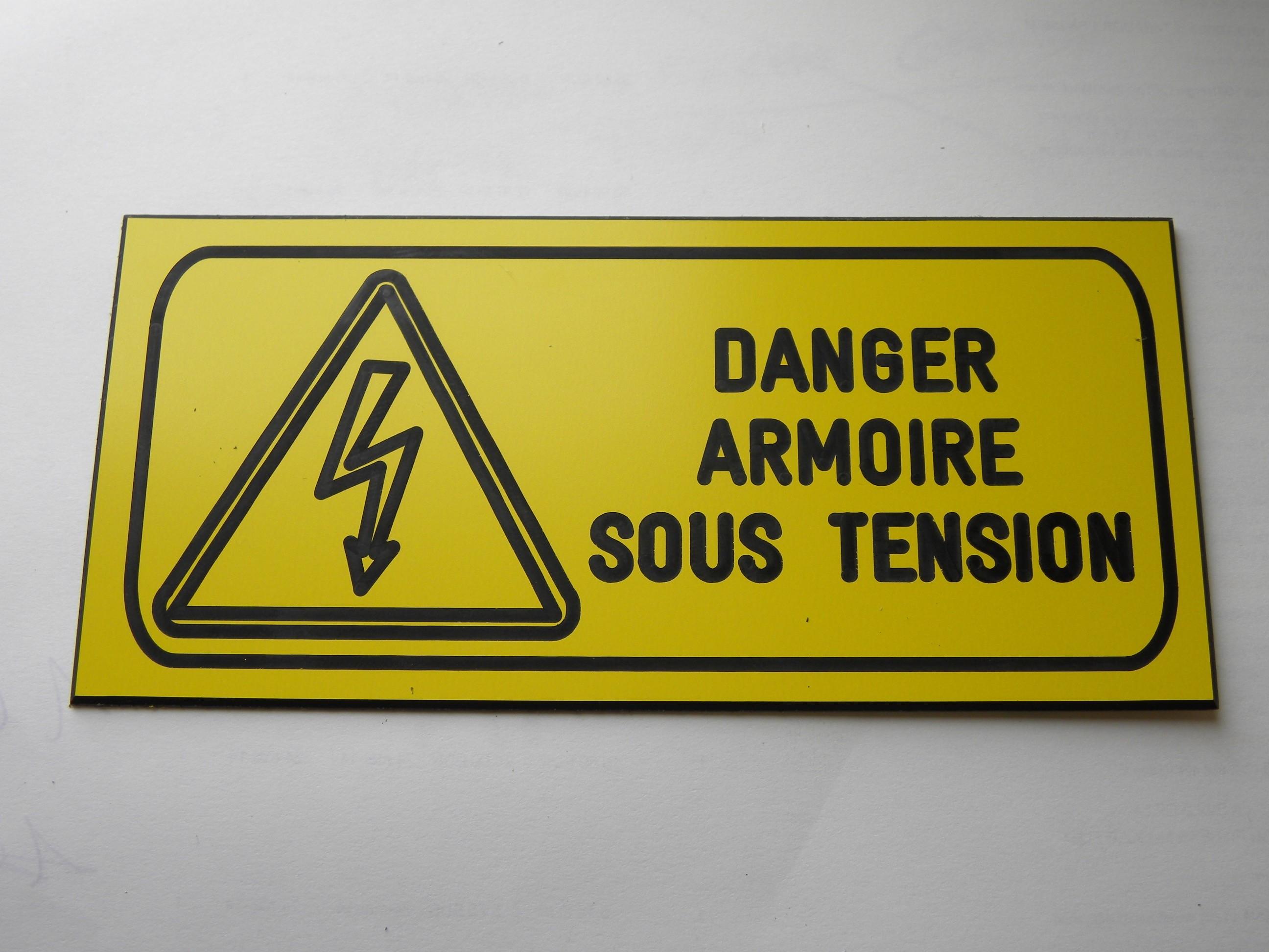 Plaque De Signalisation De Securite Standard Armoire Electrique