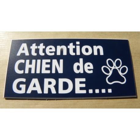 plaque gravée ATTENTION  AUX CHIENS format 48 x 100 mm